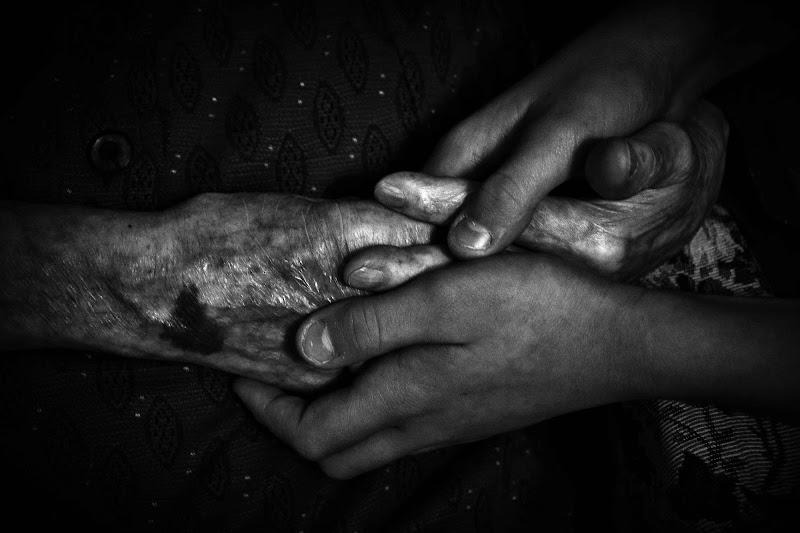 mani generazionali di Rosella Marasco