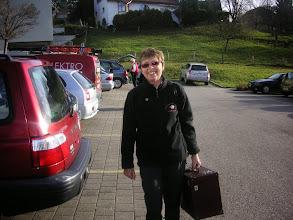 Photo: Unsere Vizepräsidentin Marliese Plüss voll motiviert im Anmarscsh