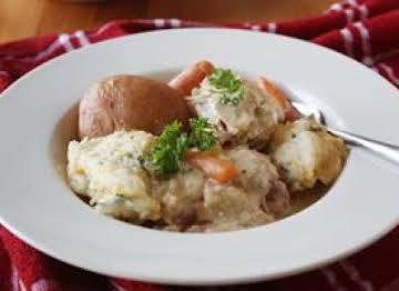 Slow Cooker Chicken & Cheesy Dumplings