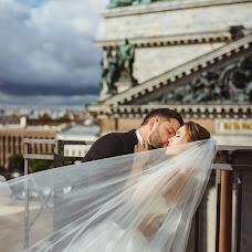 Wedding photographer Alina Ovsienko (Ovsienko). Photo of 13.10.2017