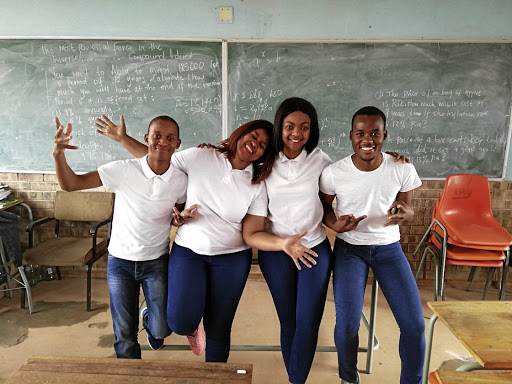 Bhoost Tutoring partners Pontsho Maleka with co-founders Nokwazi Zwane, Marinda Mhlongo and Sthembiso Mbanjwa.