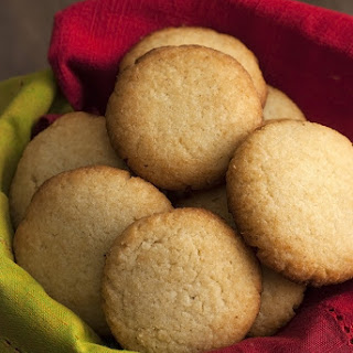 Low Carb Sugar Cookies.