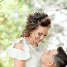 Wedding photographer Snezhana Vorobey (SnezKoVa). Photo of 10.09.2017