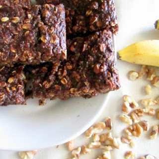Banana Walnut Quinoa Breakfast Bars.