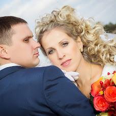 Wedding photographer Pavel Kostenko (AvgustFoto). Photo of 16.11.2013
