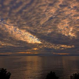 kamik 2 by Ante Buric - Landscapes Sunsets & Sunrises ( croatia, dalmatia, sunset, otok šolta, maslinica )