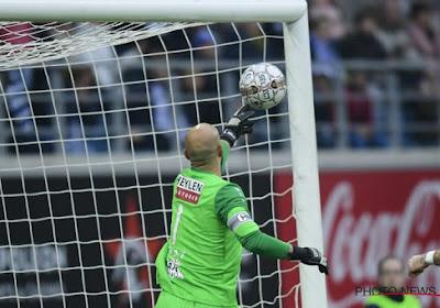 """Bolat opnieuw de held bij Antwerp: """"De bal was zeker niet over de lijn"""""""