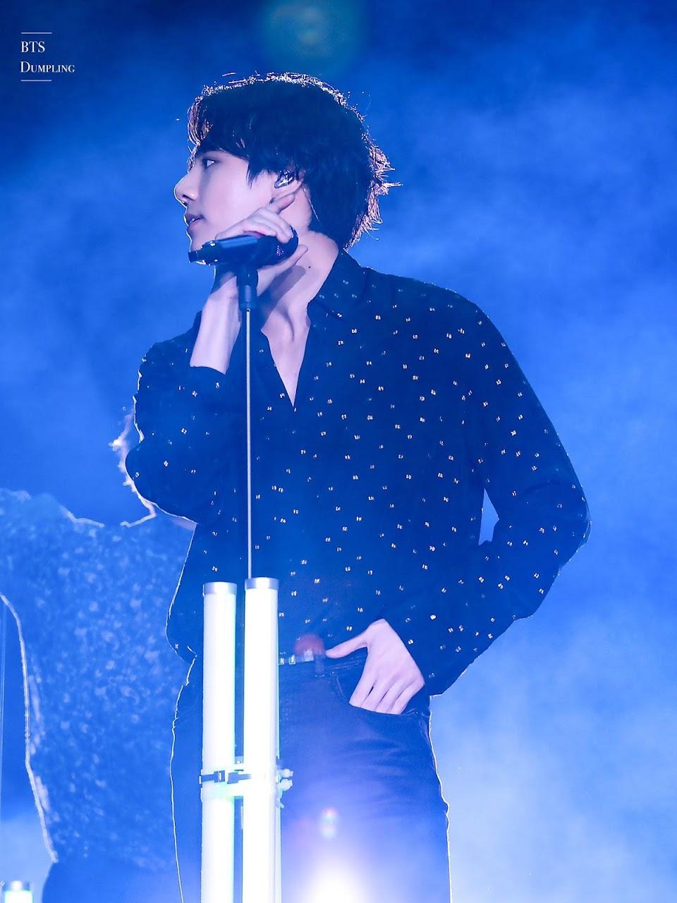 jungkook waist1