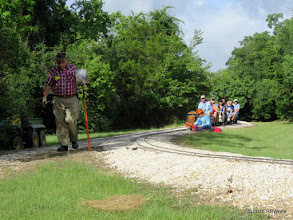 Photo: Clyde Brown with shovel   HALS Public Run Day  2016-0716  RPWhite