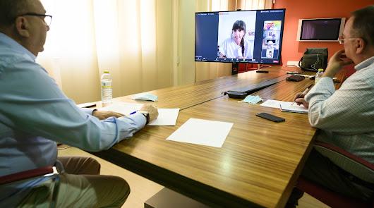 La Voz rinde homenaje a los sanitarios en un foro virtual