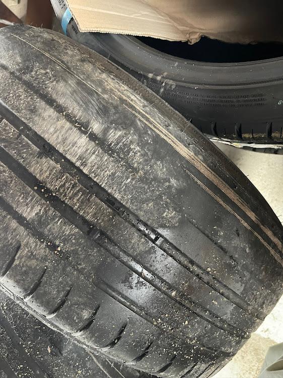 GS GRS191の車高調,19インチ,カールソン,タイヤ,ワイヤー出てたに関するカスタム&メンテナンスの投稿画像2枚目