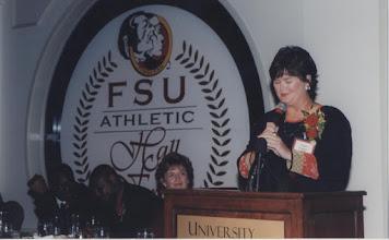 Photo: 2000 Hall of Fame Banquet - Susan Palmer speaking