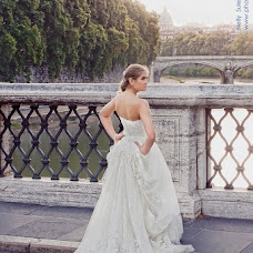 Wedding photographer Nelli Suleymanova (Nelly). Photo of 19.05.2013
