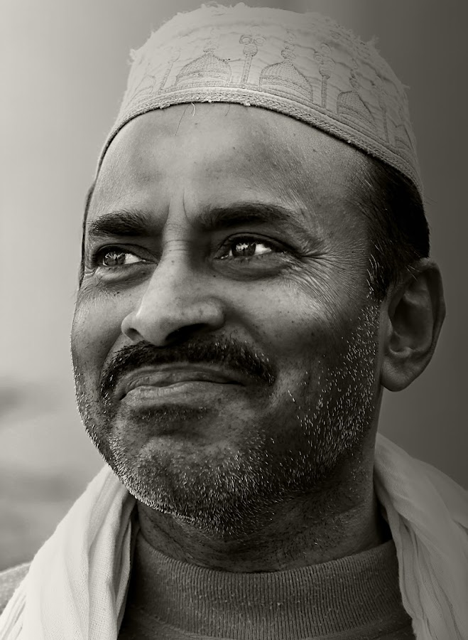 Rajim by Leyon Albeza - People Portraits of Men