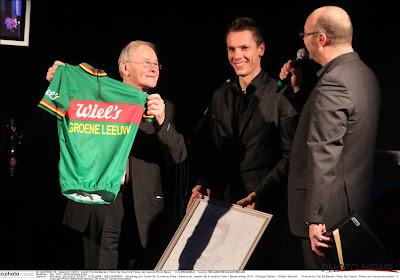 Gilbert Desmet op 90ste verjaardag benoemd tot ereburger van Lichtervelde