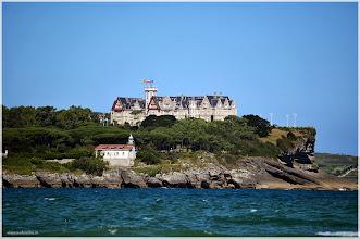 Photo: Palacio de la Magdalena desde la playa de Somo ( Cantabria) http://www.viajesenfamilia.it/