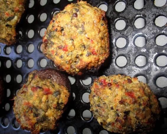 Dee-lish Quinoa Stuffed Mushrooms Recipe
