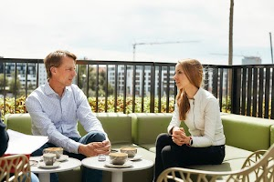 Zwei Münchner Google-Mitarbeiter im Gespräch