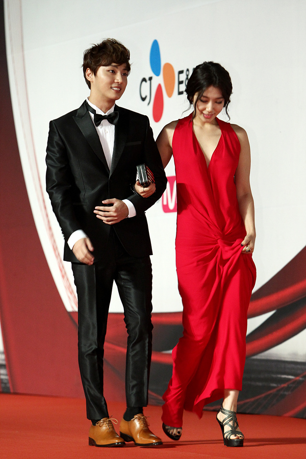 shinhye gown 56