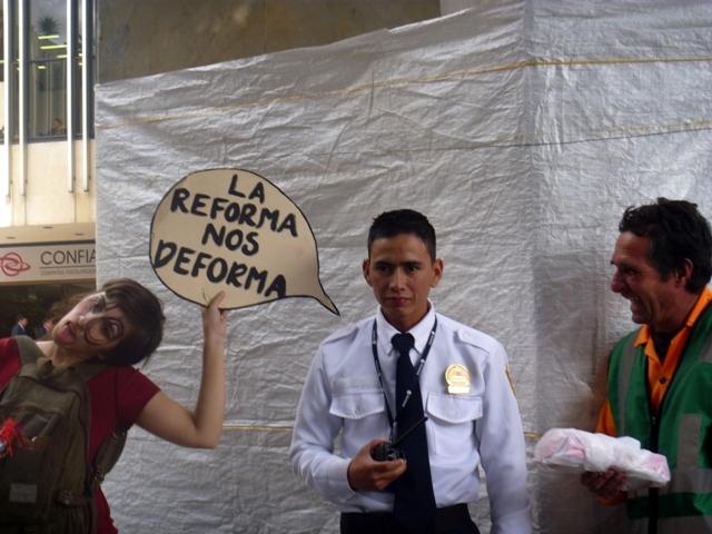 Foto: Desacuerdo con Ley 30. 27 de oct/11