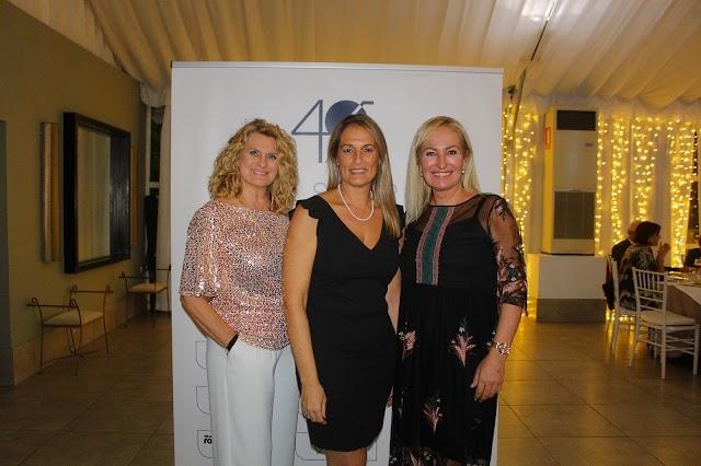 Ana Parejo, Susi Ibáñez Toro, concejala de Roquetas; y Lola Maldonado.