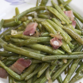 Bacon-Loaded Green Bean Casserole