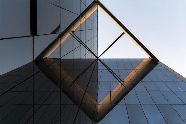 Architetture geometriche di Nefti-Monica