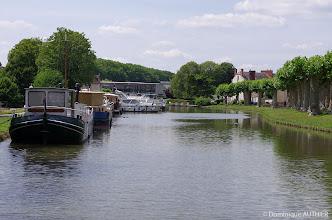 Photo: Une partie du port de plaisance de Briare.