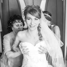 Wedding photographer Yuliya Vostrikova (Ulislavna). Photo of 01.03.2014