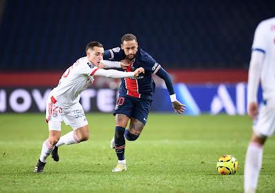 Ligue 1 : le PSG s'incline face à Lyon, qui rejoint la tête