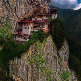 Paro Taktsang, Tigers Nest, Paro, Bhutan by Ketan Vikamsey - Landscapes Mountains & Hills ( pic of the day, pano, natgeohd, fotorbit, great nature, natgeo, trek, photo of the day, bbctravels, paro taktsang, ketan vikamsey, canon5dmarkiv, canonusa, wonderful places, lonelyplanet, lonelyplanetmagazineindia, worldphotographicforum, bhutan tourism, canonphotography, monastery, kv kliks, natgeotravel, gross national happiness, travel the world pix, tigers nest )