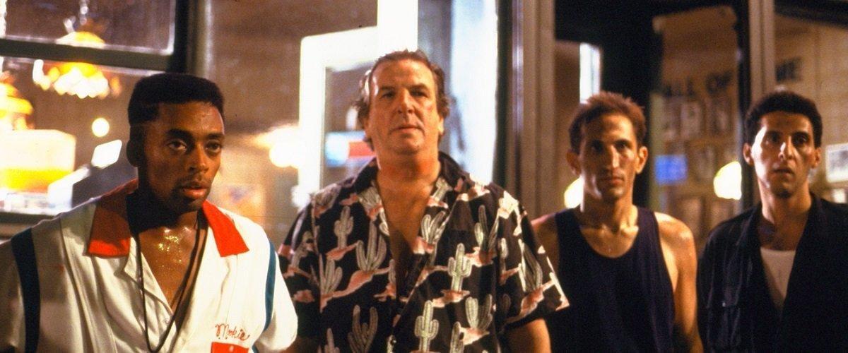 Photo 2 Mookie (Spike Lee), Sal (Danny Aiello), Vito (Richard Edson), Pino (John Turturro)
