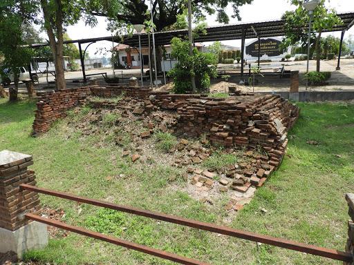 Wat Chiang Noi Ton Lan