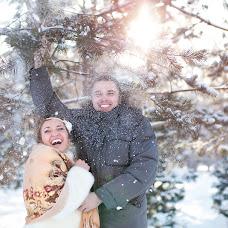Wedding photographer Irina Prokopeva (Ira-life). Photo of 01.02.2014