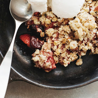 Mixed Berry and Rhubarb Crumble