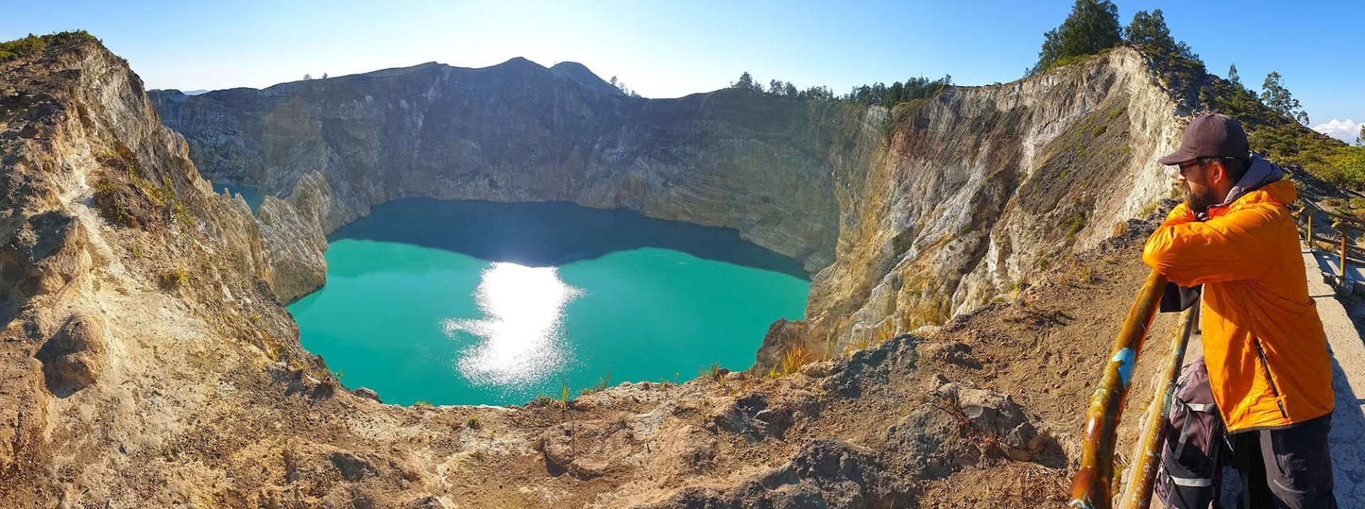 DIAS 72 e 73 - Deslumbrados com os lagos do Vulcão Kelimutu, na ilha das Flores