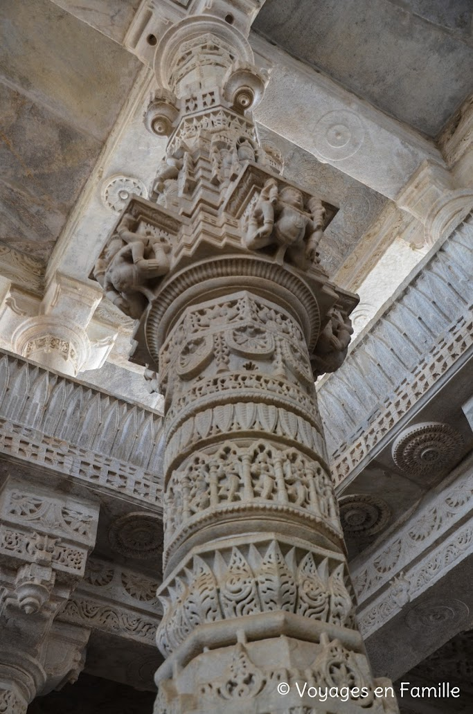 Ranakpur colonne marbre