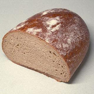Easy Dark Rye Bread Recipe - Lithuanian Rugine Duona.