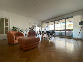 Appartement 5 pièces 141,89 m2