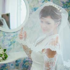 Wedding photographer Vika Burimova (solntsevnutri). Photo of 11.07.2014