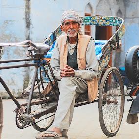 waiting by Usman Irani - People Street & Candids ( three wheeler, rickshaw, old man, , Travel, People, Lifestyle, Culture )