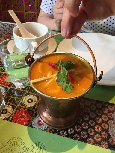 黃醬咖哩雞肉/印度拉茶  烤餅