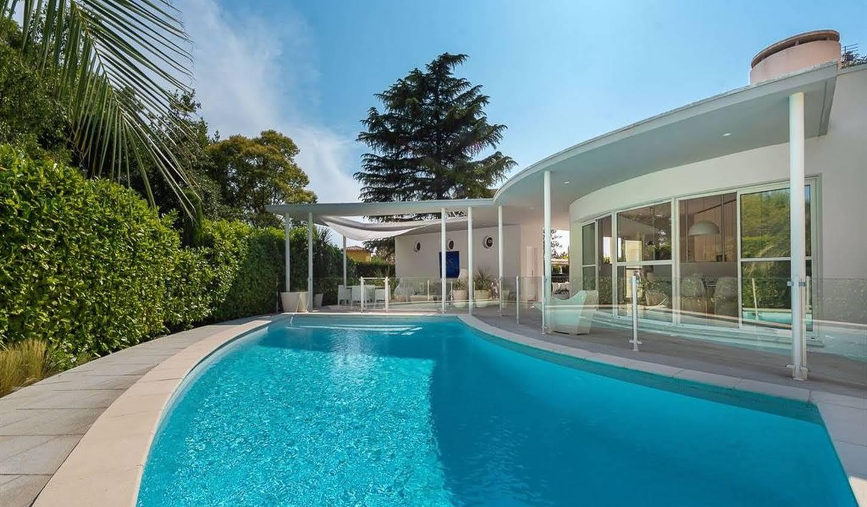 Maison avec piscine en bord de mer Montpellier