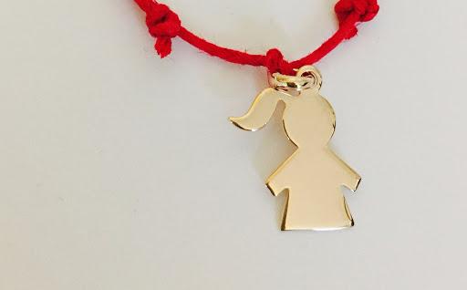 figurine fillette plaqué or