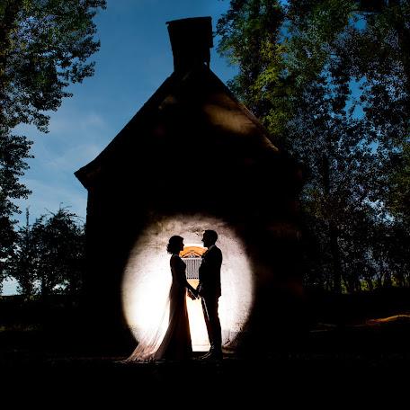 Wedding photographer Dioni Gallardo Heijen (DioniGallardo). Photo of 19.10.2016