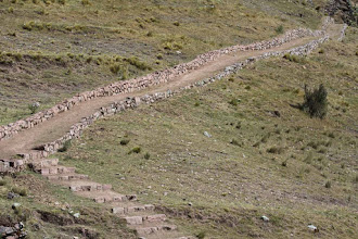 Photo: Ingresando al cañón Pumapunko Camino Inca que va de Tambomachay a Huchuyqosqo