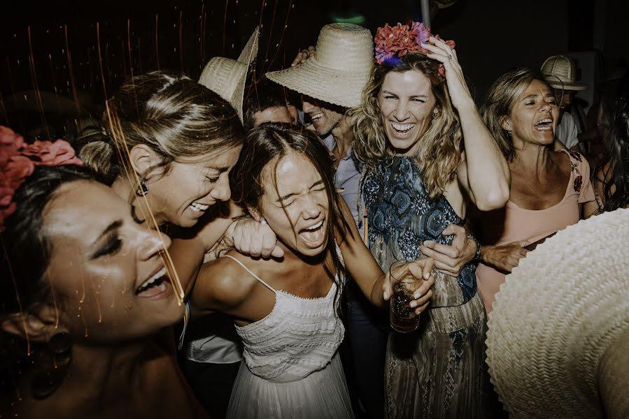 Wedding photographer Rodrigo Borthagaray (rodribm). Photo of 27.11.2017