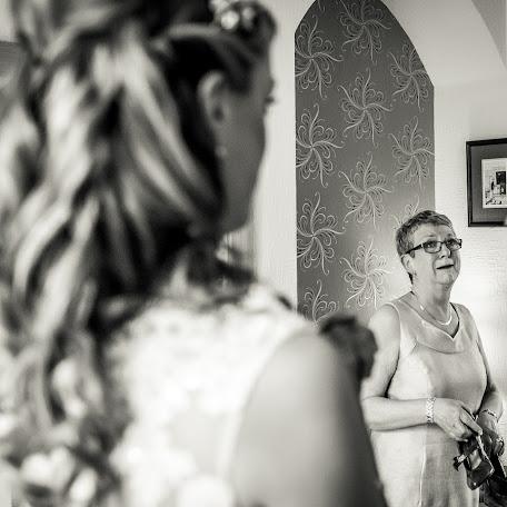 Wedding photographer David Stubbs (davidstubbs). Photo of 19.06.2015