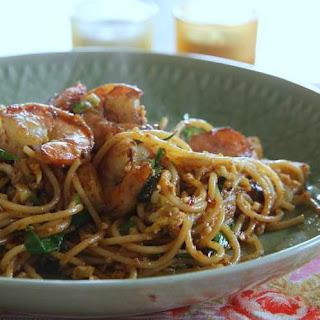 Spaghetti in Thai Roasted Chili Paste