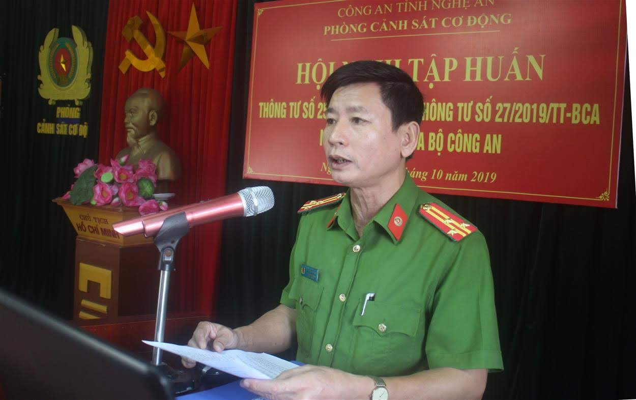 Thượng tá Bùi Minh Quang – Phó trưởng phòng CSCĐ khai mạc hội nghị